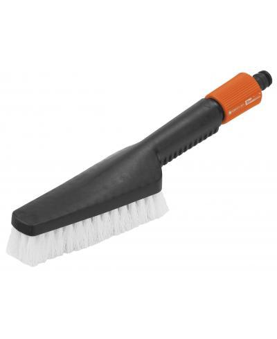 Щетка-скребок ручная для водной очистки Gardena (00988-20)