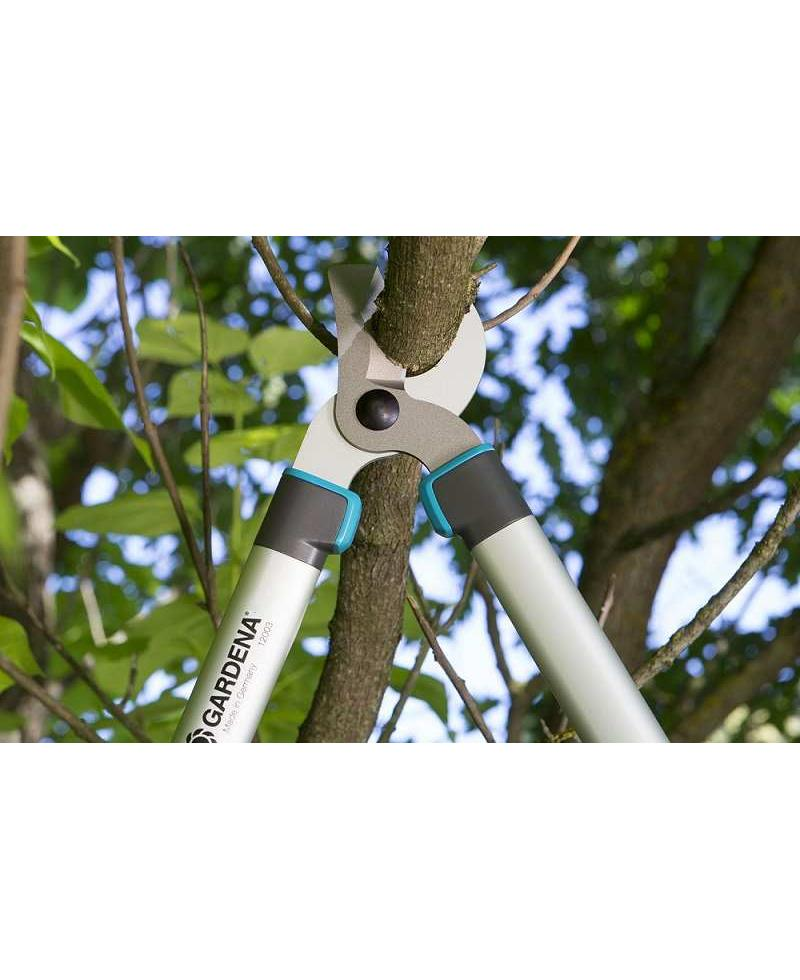 Сучкорез для зеленых веток до 42 мм Gardena EasyCut 680 B 12003-20 и секатор до 18 мм Classic 8754-20 (12003-30)
