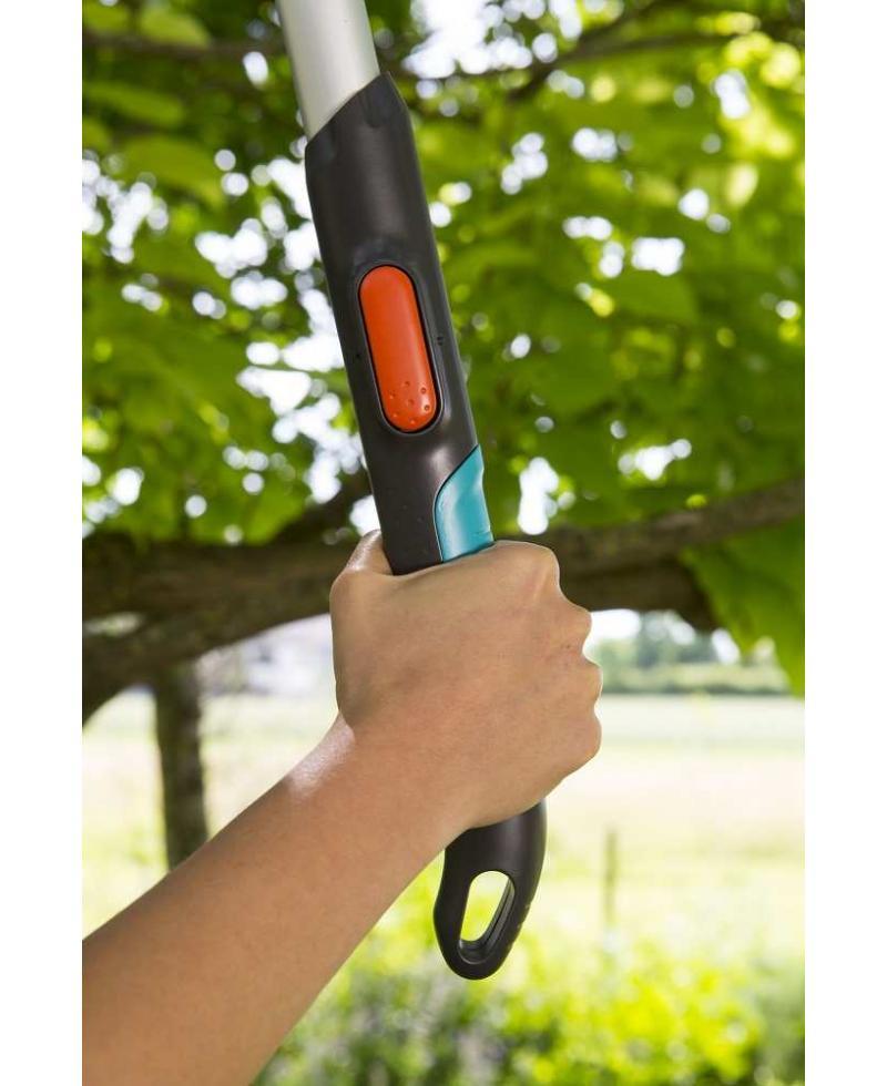 Сучкорез телескопический для зеленых веток до 42 мм Gardena TeleCut 520-670 B (12005-20)